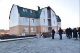 Андрей Травников: Строительство служебного жилья для молодых врачей и педагогов в Новосибирской области идёт высокими темпами