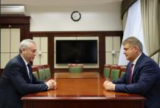 Губернатор доложил полномочному представителю Президента в СФО о социально-экономическом развитии региона