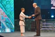 Губернатор Андрей Травников поздравил представителей клуба «Успех» с 30-летием