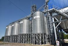 Областные сельхозтоваропроизводители сдерживают рост цен на стратегические продукты питания