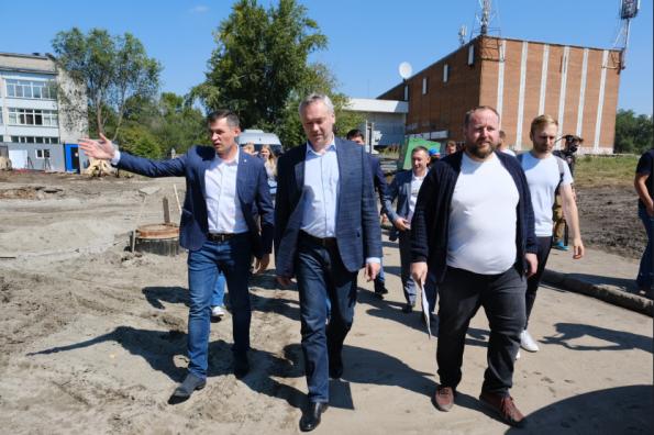 Андрей Травников: Во время реализации знаковых для территории проектов, в первую очередь, нужно опираться на мнение жителей