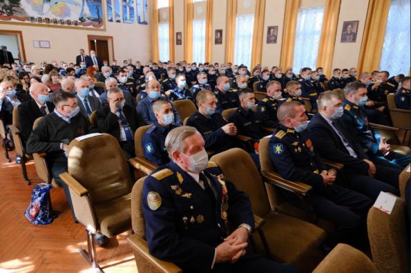 Губернатор поздравил военнослужащих с Днем войск противовоздушной обороны