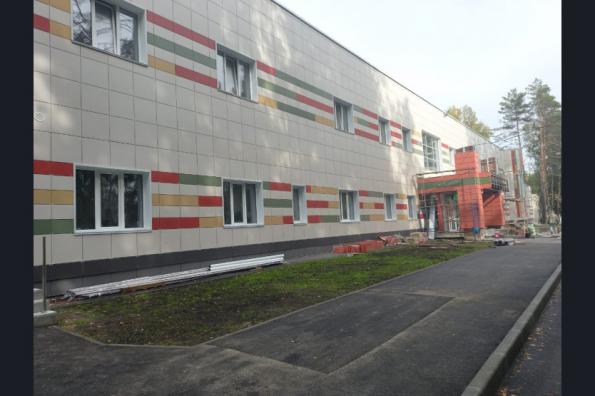 Универсальный спортивный комплекс в Кольцово готовится к вводу в рамках нацпроекта